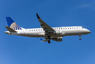 Embraer 175 N86312 in color United Express