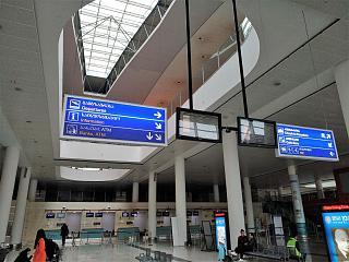 Зона регистрации на вылетающие рейсы в аэропорту Тбилиси