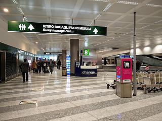 Baggage claim at the airport of Milan Malpensa