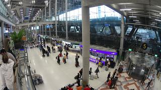 In the passenger terminal of the airport is Bangkok Suvarnabhumi