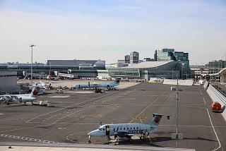 Терминал 3 аэропорта Торонто имени Лестера Пирсона