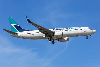 Боинг-737-800 C-GWSX авиакомпании WestJet Airlines
