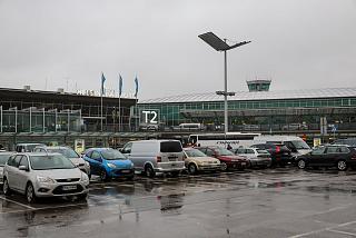 Главный вход в Терминал 2 аэропорта Хельсинки Вантаа