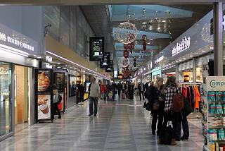 Gallery of shops in terminal 2 at Helsinki Vantaa airport