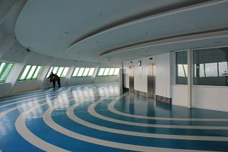 The observation deck on the 5th floor of the terminal building of the airport of Astana