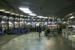 "The gate in the glass ""glass"" Pulkovo airport"