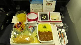 Ужин на рейсе Токио-Гонолулу авиакомпании JAL