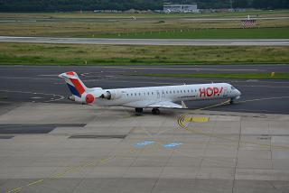 Aircraft Bombardier CRJ-1000 airline HOP! at Dusseldorf airport