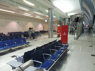 Накопитель в аэропорту Дубай