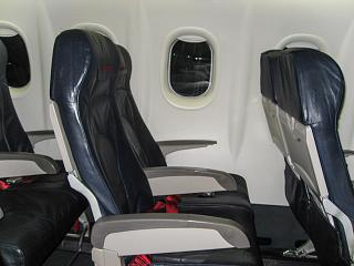 The passenger seats in the plane Bombardier Dash 8Q-400 LGW airlines/airberlin