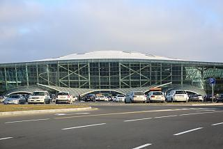 Терминал 1 аэропорта Баку имени Гейдара Алиева