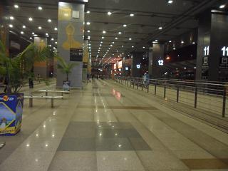 В терминале 3 аэропорта Дели имени Индиры Ганди