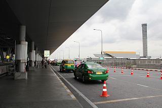 Стоянки такси в аэропорту Бангкок Савурнабхуми