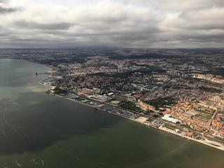 In flight over Lisbon, the river Tagus (Tajo), the Jer