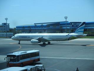 Airbus A321 авиакомпании Air Busan в аэропорту Пусан Гимхэ