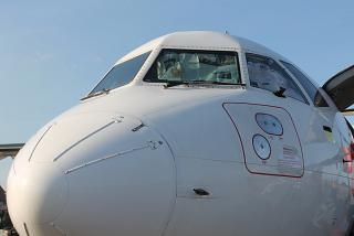 Носовая часть самолета ATR 72-500 авиакомпании Wings Air