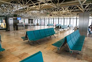 Place to wait for boarding near the gate of the Terminal 1 of Lisbon airport