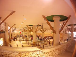 Зал перед зоной досмотра в аэропорту Пунта-Кана