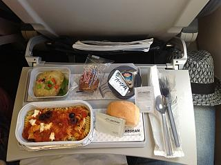 Food on the flight Moscow-Heraklion Aegean airlines