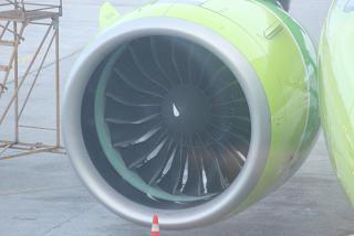 Двигатель PW1100G самолета A320neo авиакомпании S7 Airlines