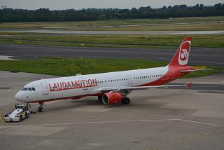 The Airbus A321 OE-LCS Laudamotion airlines at Dusseldorf airport
