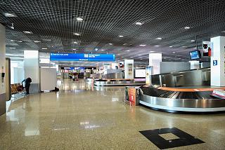 Зал выдачи багажа в аэропорту Фуншал на острове Мадейра