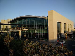 Пассажирский терминал аэропорта Ларнака