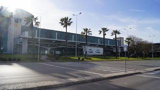 Терминал 1 аэропорта Лиссабон Портела