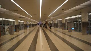 The transition in the arrivals area of terminal D of Sheremetyevo airport