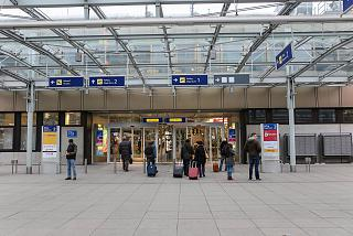 The entrance to the terminal of the airport of Nuremberg