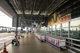 The entrance to the terminal of the airport is Bangkok Suvarnabhumi