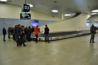 The baggage carousel at the airport, Samara Kurumoch