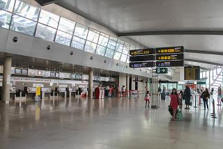 The check-in area for departing passengers at the airport in Valencia