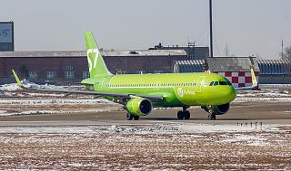 The Airbus A320 VB-BOG S7 Airlines in the airport of Irkutsk