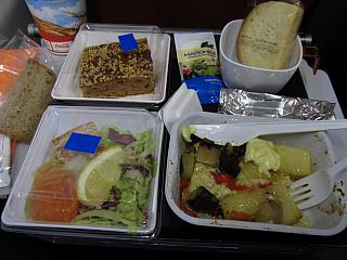 Food on the flight from Moscow to Bangkok with Aeroflot