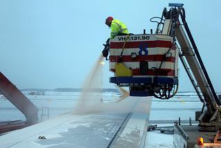 Противооблединительная обработка в аэропорту Хельсинки Вантаа