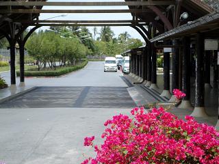 Привокзальная площадь аэропорта Самуи