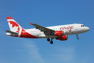 Airbus A319 C-GBHZ Air Canada Rouge