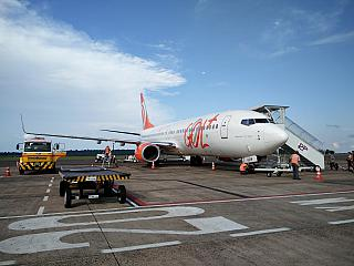 Boeing-737-800 GOL airport Foz do igua