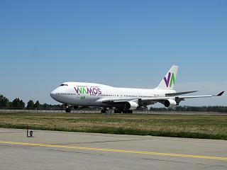 Takeoff of Boeing 747-400 airline Wamos Air