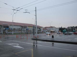 Пассажирские терминалы и привокзальная площадь в аэропорту Краснодар Пашковский