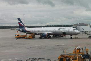 Airbus A321 VP-BRW Аэрофлота в аэропорту Шереметьево