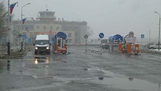 Въезд на привокзальную площадь аэропорта Елизово
