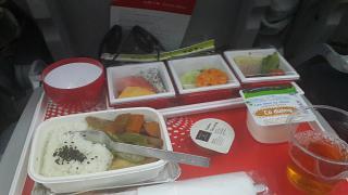 Питание эконом-класса на рейсе Хошимин-Токио Японских авиалиний