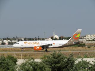Airbus A320-200 SX-SOF авиакомпании Corendon Airlines в аэропорту Анталья