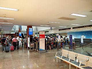 The reception area at the airport in Puerto Iguazu