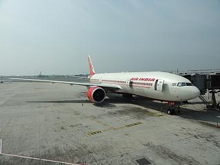 Boeing-777-200 airlines of Air India at Delhi airport