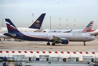 The Airbus A321 VP-BOC Aeroflot at the airport Paris Charles de Gaulle