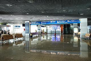 Зона прилета в аэропорту Фуншал на острове Мадейра