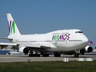Boeing 747-400 EI-KSM авиакомпании Wamos Air в аэропорту Борисполь